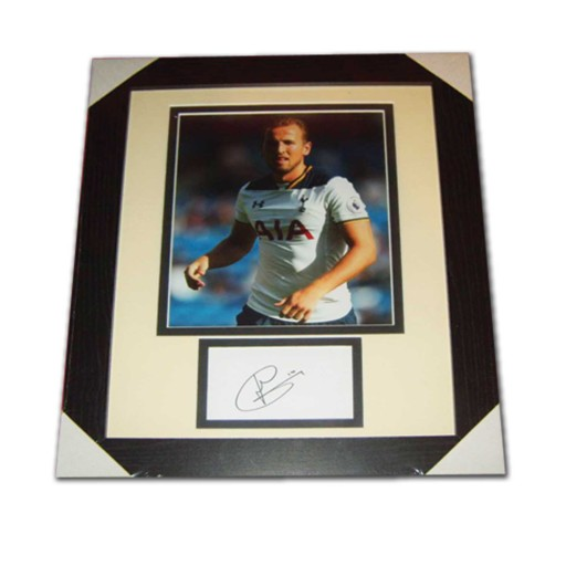 Harry Kane Tottenham Hotspur Signed & Framed Photo Mount