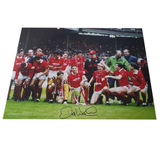 Des Walker Nottingham Forest Legend Autographed Photo